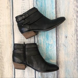 Clarks Soft Cushion Ankle Boots Booties leather